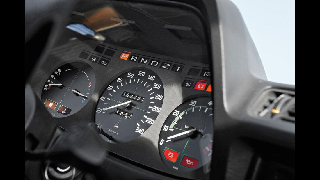 BMW 732i, Rundinstrumente, Tacho