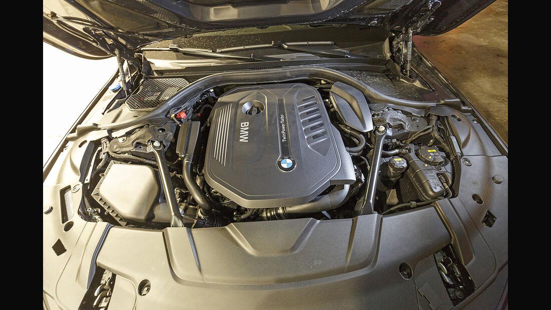 BMW 740i, Motor