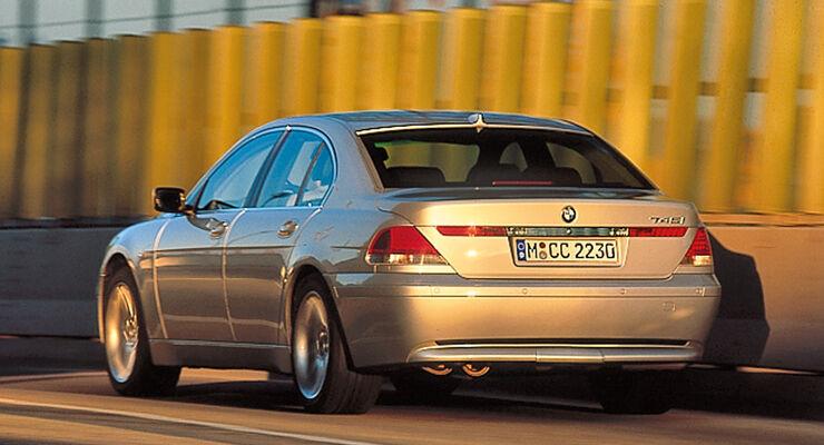 BMW 745i E65 Heckansicht