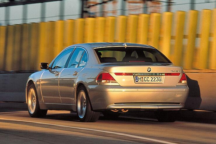 BMW 745i (E65), Heckansicht