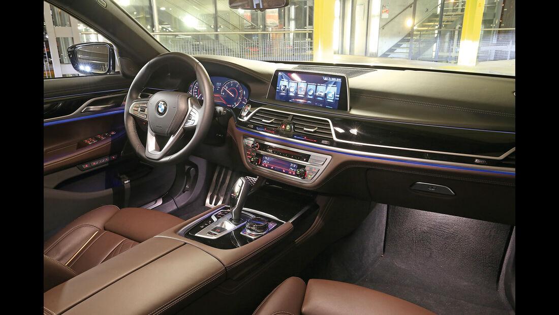 BMW 750d xDrive, Cockpit