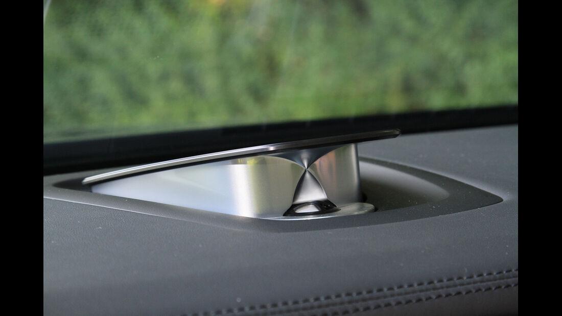 BMW 750i, Armaturenbrett