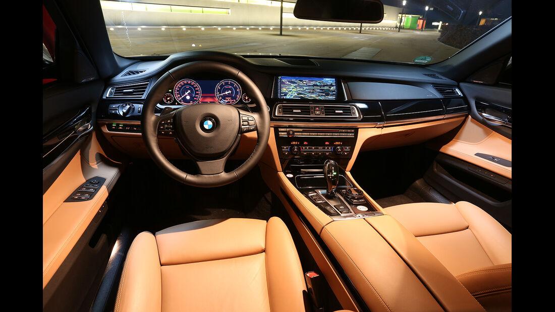 BMW 750i, Innenraum, Cockpit