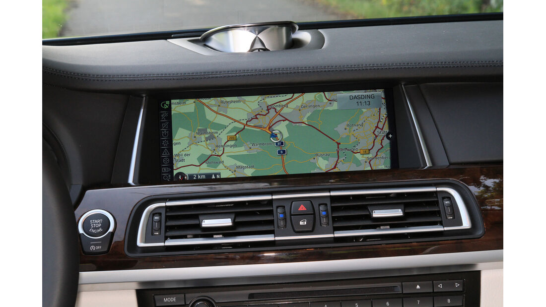 BMW 750i, Navi, Display
