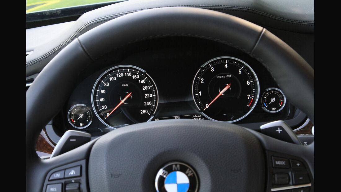 BMW 750i, Rundinstrumente