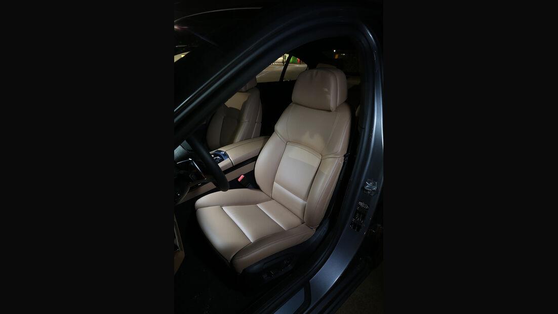 BMW 750i, Sitz