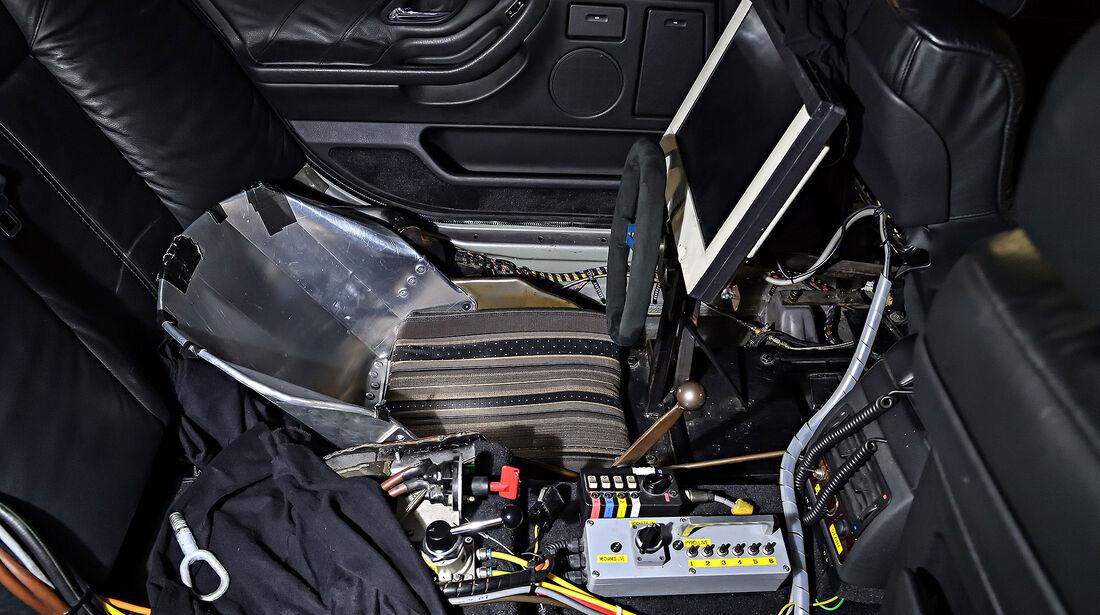 BMW 750il E38 James Bond Der Morgen stirbt nie