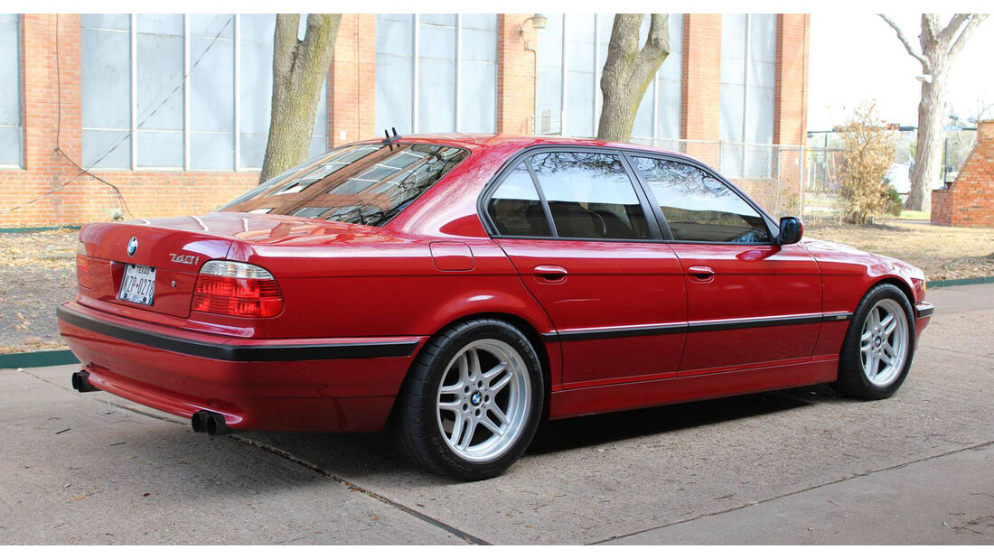 BMW 7er E38 (2001) Conversion 740i M5 E39 engine swap