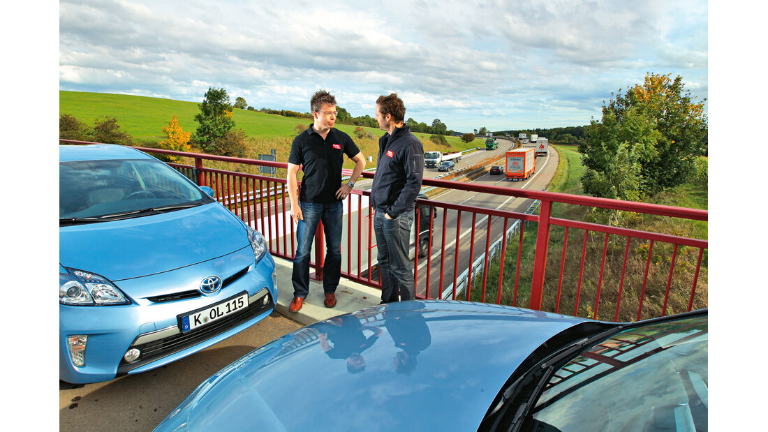 BMW Active Hybrid 3, Toyota Prius Plug-in Hybrid, Motorhaube