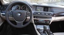 BMW Active Hybrid 5, Lenkrad, Cockpit