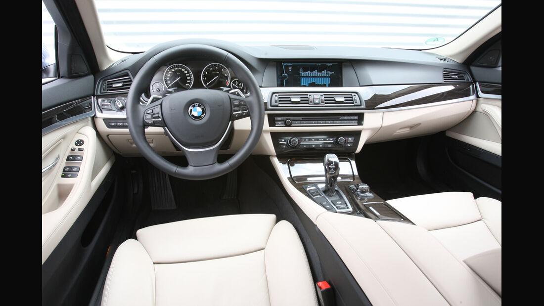 BMW Active Hybrid5, Lenkrad, Cockpit