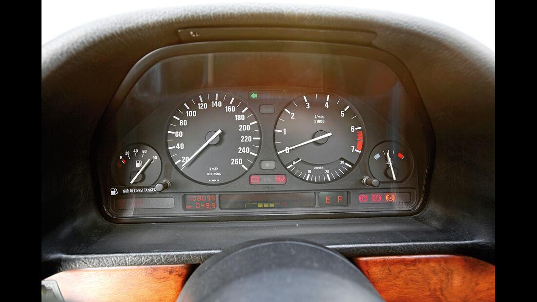 BMW Alpina B11 3.5, Rundinstrumente