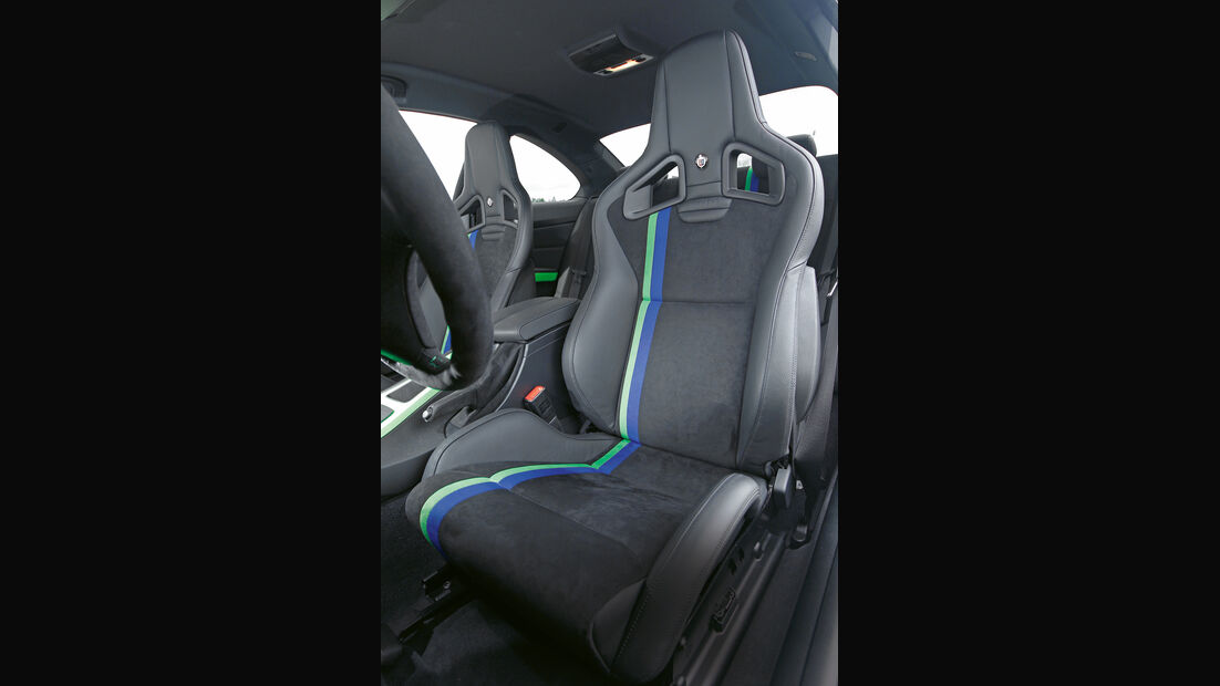 BMW Alpina B3 GT3, Sitze