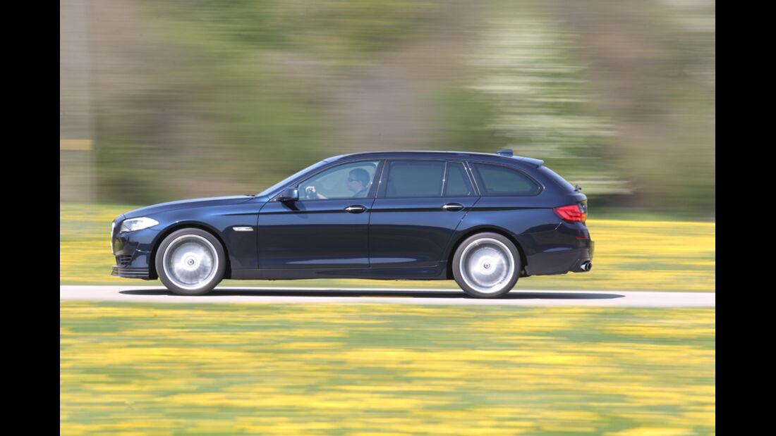 BMW Alpina B5 Biturbo Touring, Seitenansicht, Ausfahrt