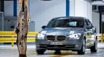 BMW Assistenzsysteme, Fußgängerschutz