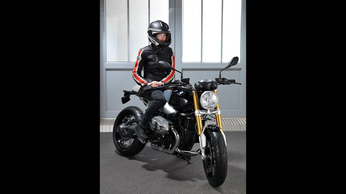BMW CES 2016 Headup-Display Motorrad Helm Sperrfrist 6.1.