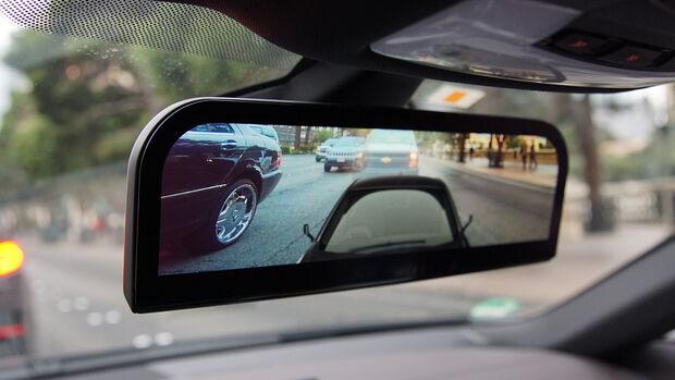 BMW CES 2016 Rückspiegel Kamera i8