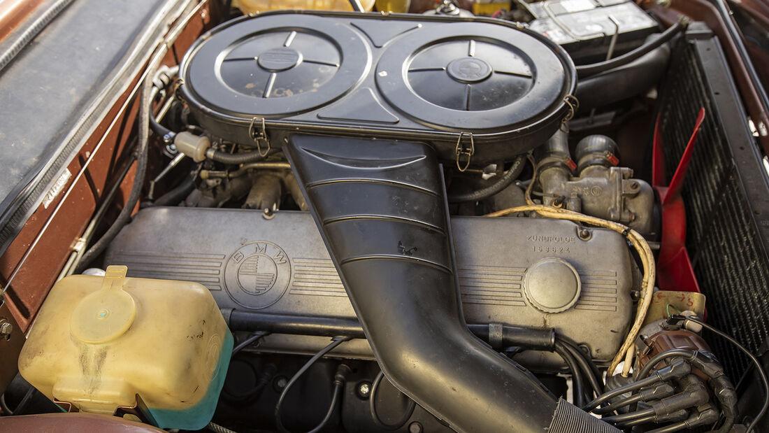BMW E3 3.0 S, Motor