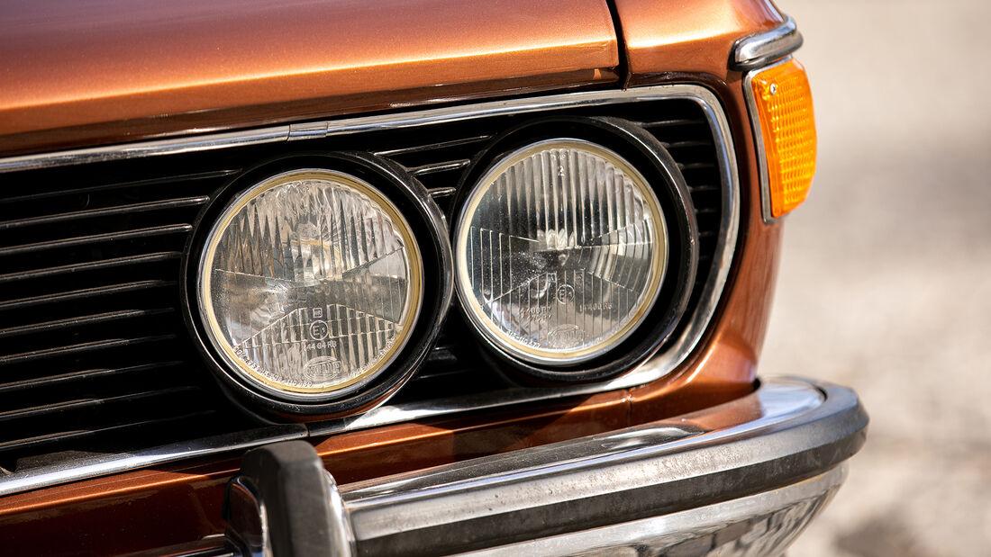 BMW E3 3.0 S, Scheinwerfer