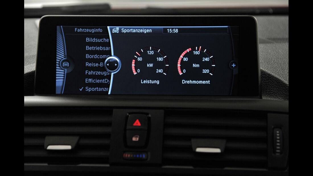 BMW Einser, Bildschrim, Drehmoment, Leistung, Anzeige