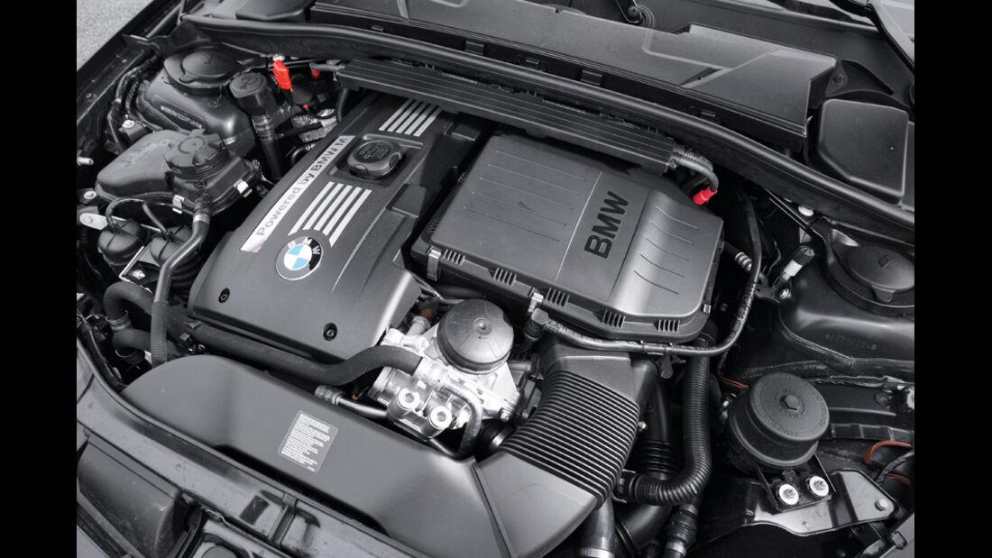 BMW Einser M Coupe, Motor, Motorraum
