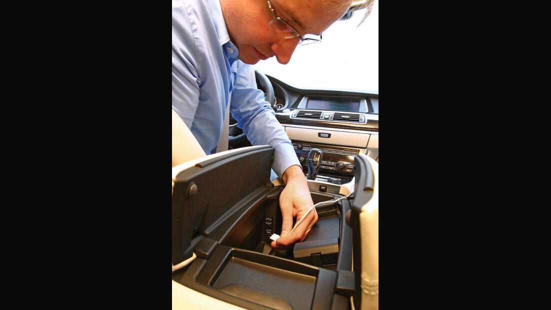 BMW Fünfer, Anschluss, Musikspiecher