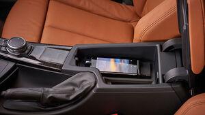 BMW Handyladung