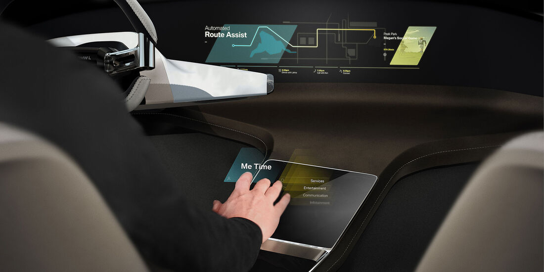 BMW Holo Active Touch CES 2016