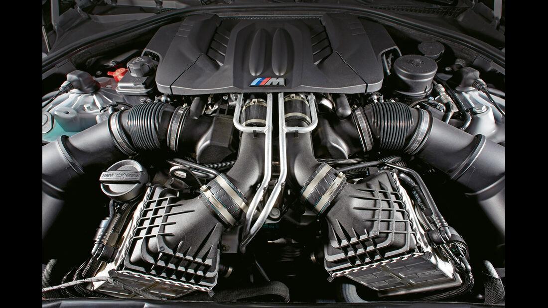 BMW M Turbo, Motor