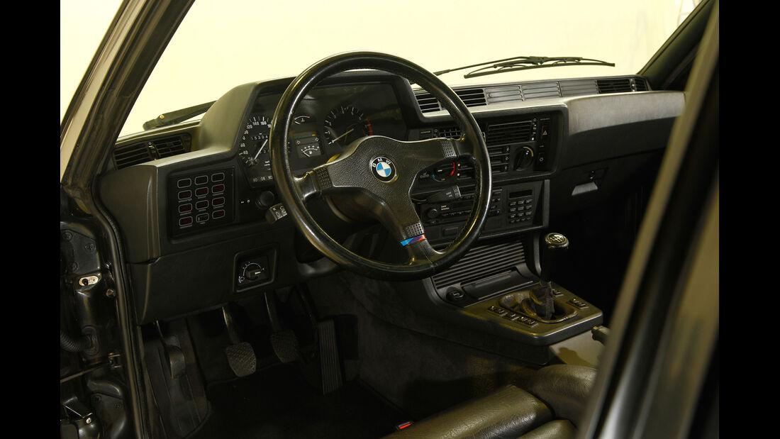 BMW M1, Cockpit
