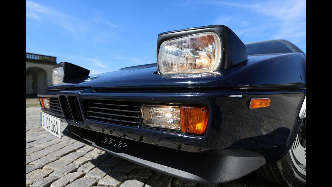 BMW M1, Frontscheinwerfer