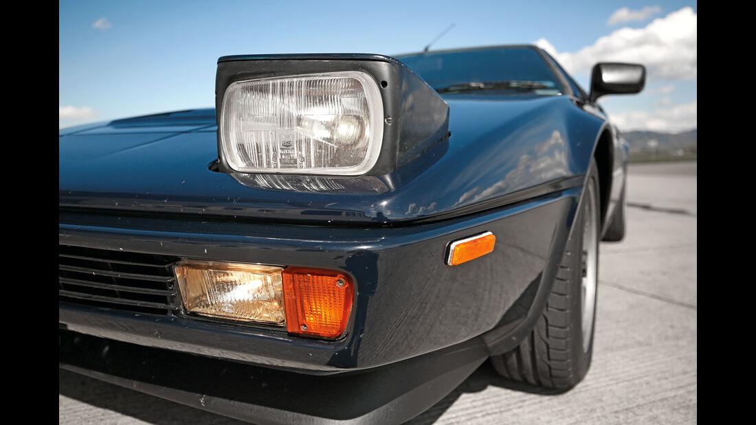 BMW M1, Klappscheinwerfer
