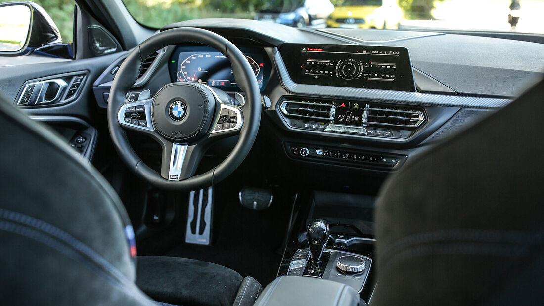 BMW M135i, Interieur