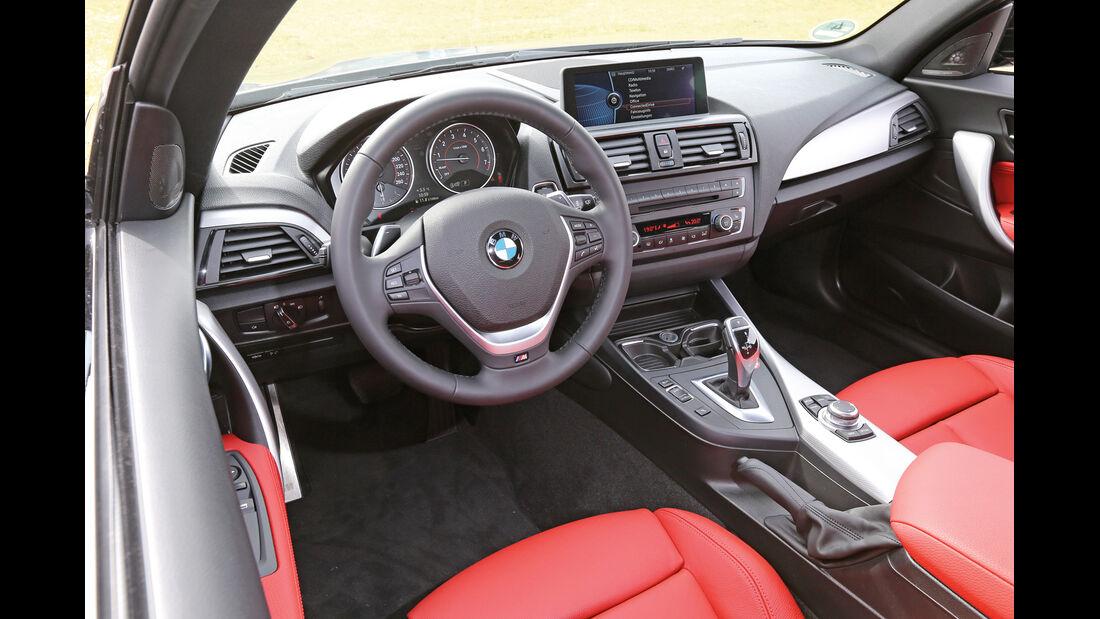 BMW M135i x-Drive, Cockpit, Lenkrad