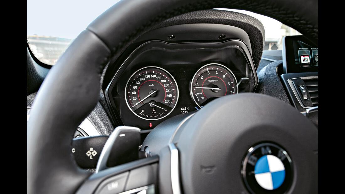 BMW M140i xDrive, Rundinstrumente