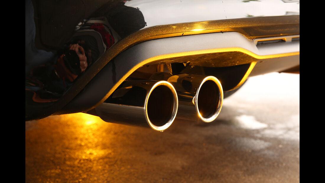 BMW M2 Coupé, Auspuff, Endrohre