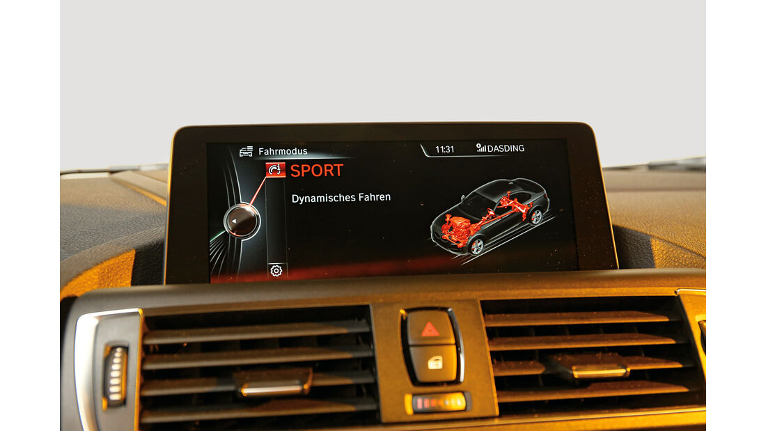 BMW M2 Coupé, Display, Infotainment