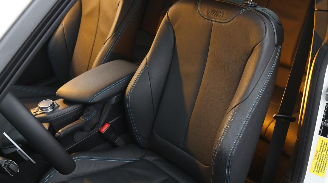 BMW M2 Coupé, Fahrersitz