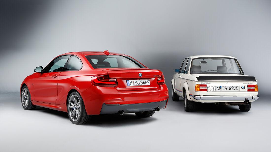 BMW M235, BMW 2002, Heckansaicht