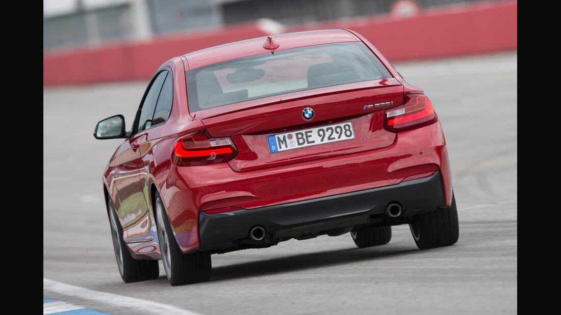 BMW M235i, Heckansicht