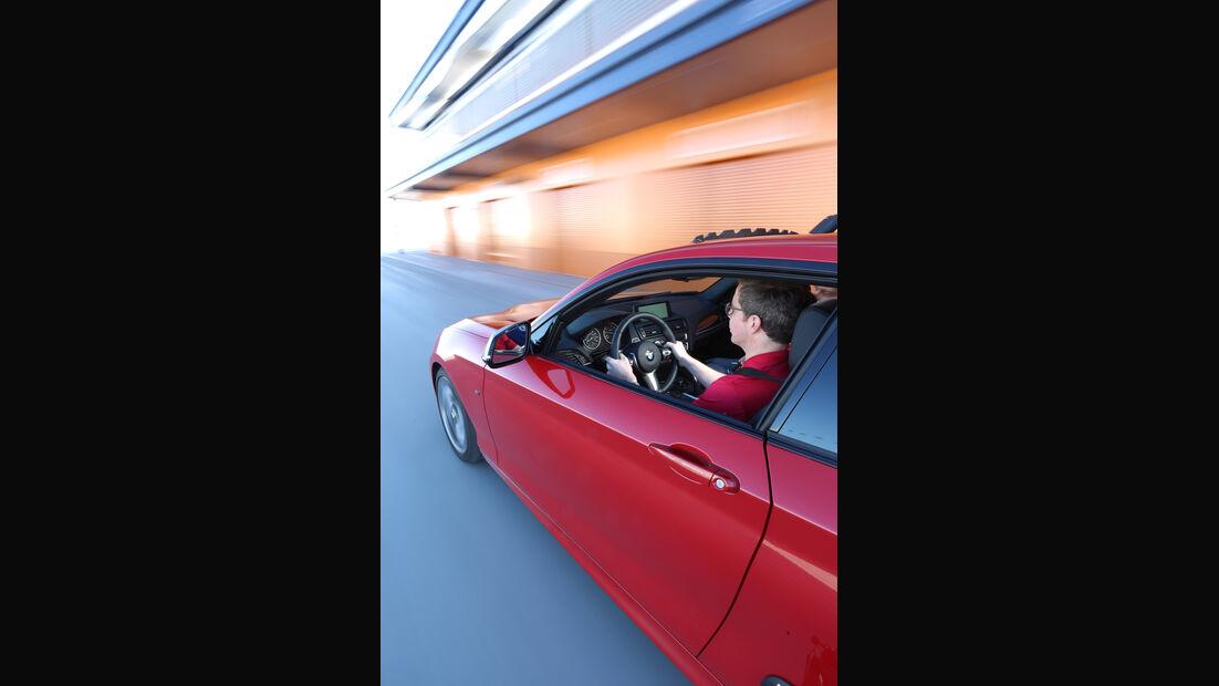 BMW M235i, Seitenführung