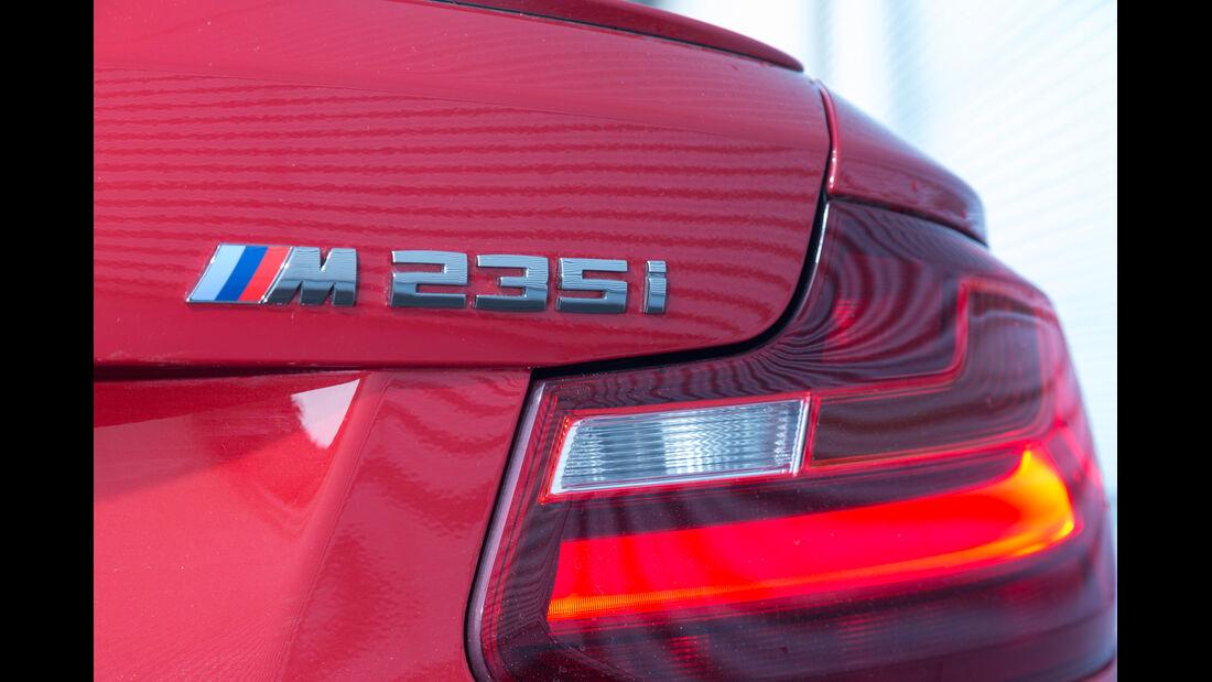 BMW M235i, Typenbezeichnung