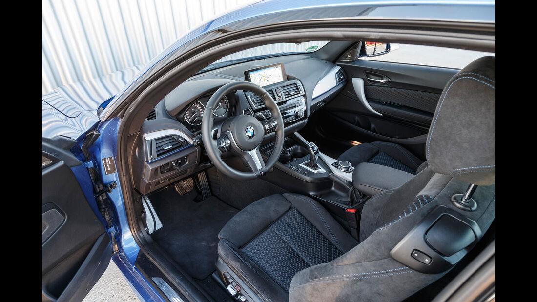 BMW M240i Coupé, Cockpit