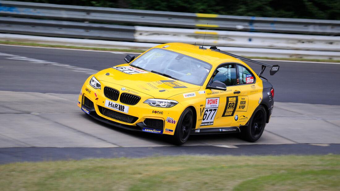 BMW M240i Racing Cup - Startnummer #677 - FK Performance Motorsport - Cup5 - NLS 2020 - Langstreckenmeisterschaft - Nürburgring - Nordschleife
