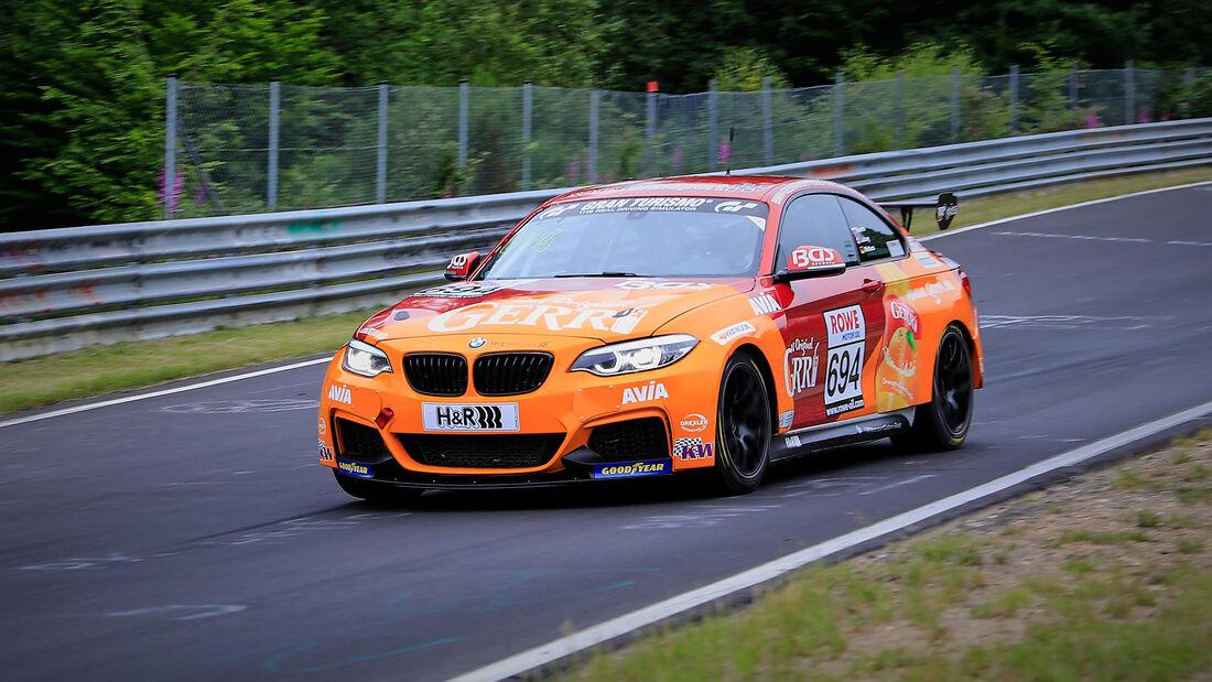 BMW M240i Racing Cup - Startnummer #694 - Team AVIA Sorg Rennsport - Cup5 - NLS 2020 - Langstreckenmeisterschaft - Nürburgring - Nordschleife