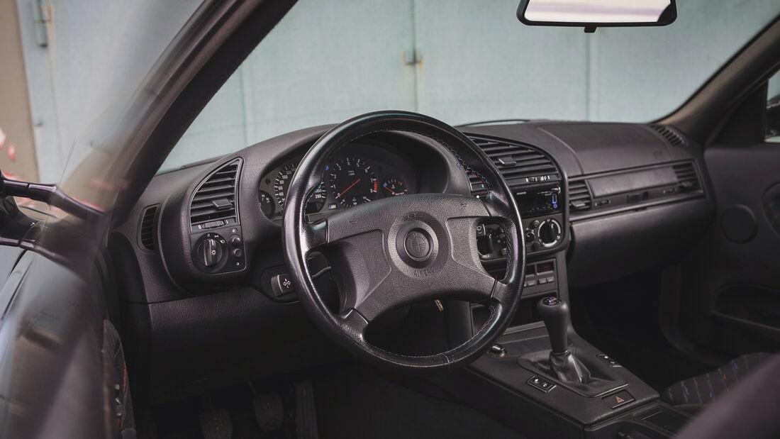 BMW M3 3.0 E36, Interieur