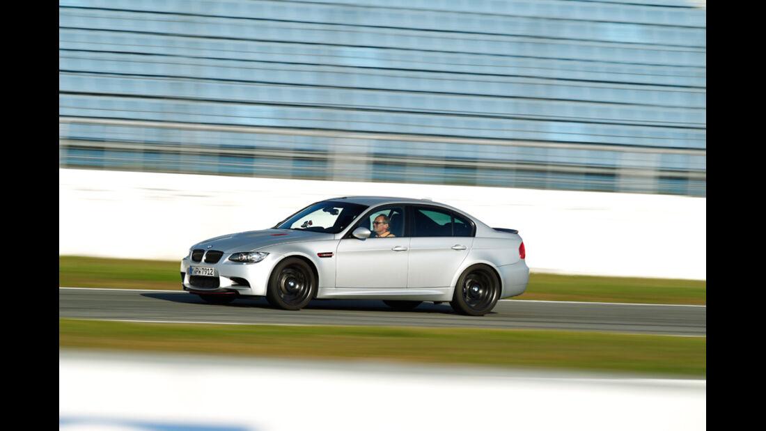BMW M3 CRT, Seite