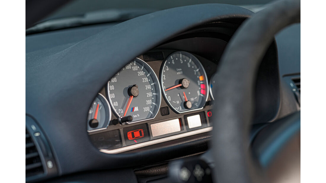 BMW M3 CSL, Interieur