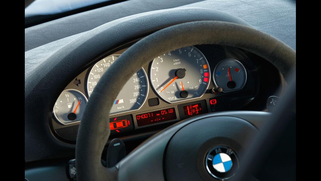 BMW M3 CSL, Rundinstrumente, Tacho