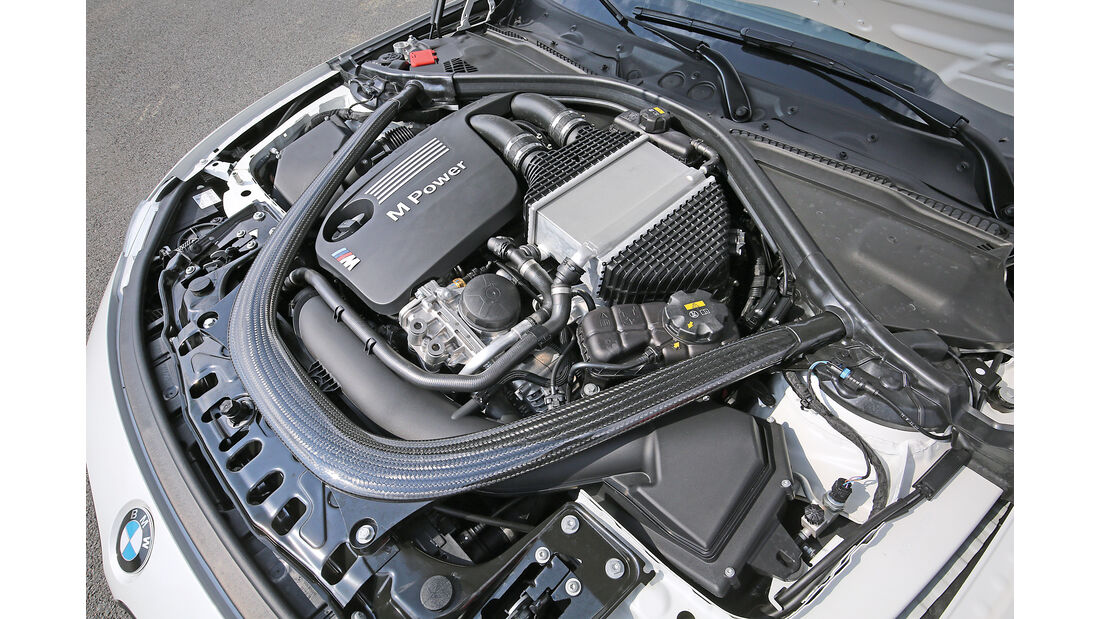 BMW M3 Competition, Motor